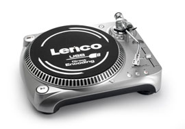 Photo of the Lenco L-80 USB.
